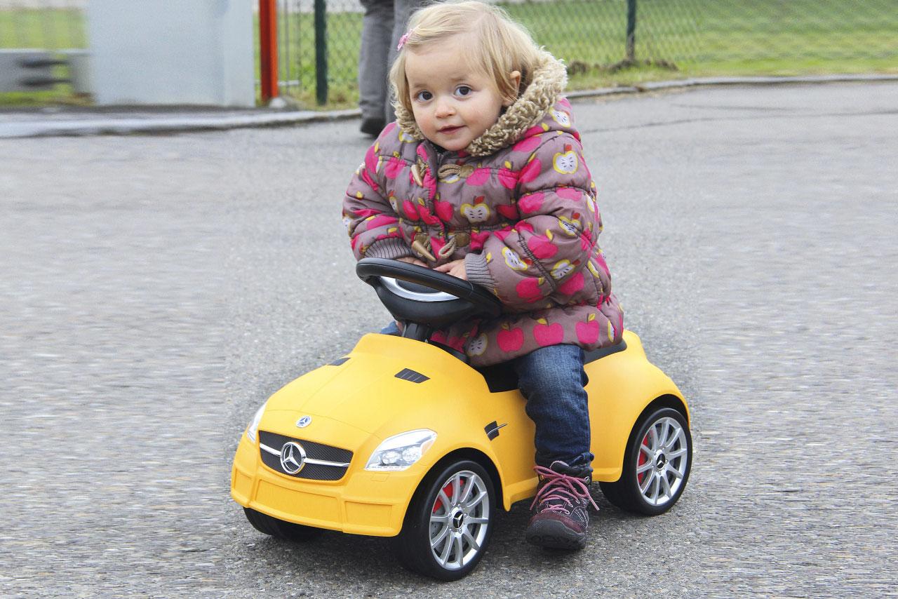 Jamara Rutschauto Mercedes SLK 55AMG gelb Bild 4