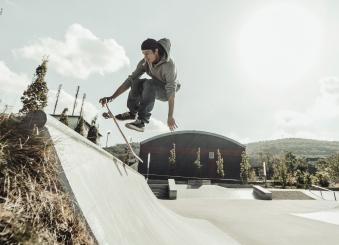 Skateboard Hudora Columbia Heights ABEC 3 mit Rucksack Bild 3