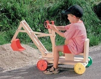 Kinderbagger / Sandkasten Bagger Holz mit Räder 65x32x75cm Bild 1