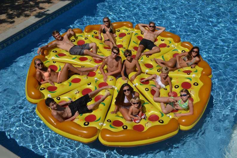 mypool luftmatratze schwimmendes pizzast ck 177x147x30cm. Black Bedroom Furniture Sets. Home Design Ideas