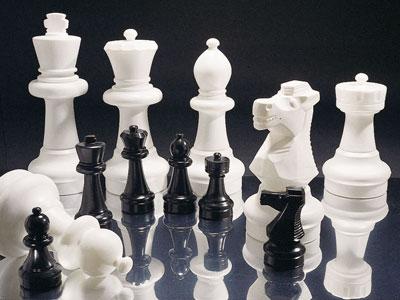 Große Schachfiguren für den Außenbereich - Rolly Toys Bild 2